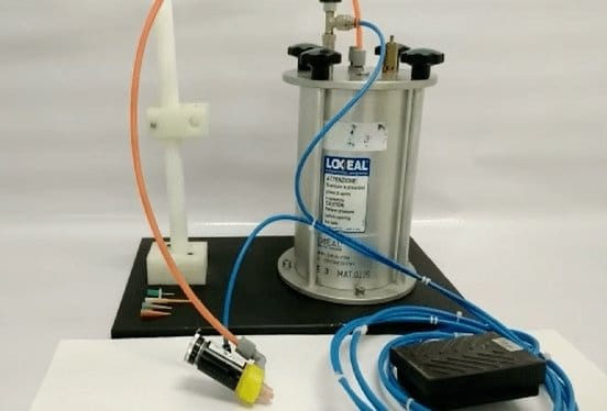 Loxeal pneumatic anaerobic/cyanoacrylate dispenser with valve