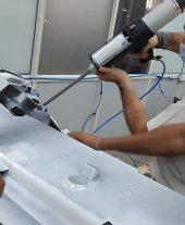 Application of structural adhesive with the help of Mixpac 400 ml peeumatic dispenser